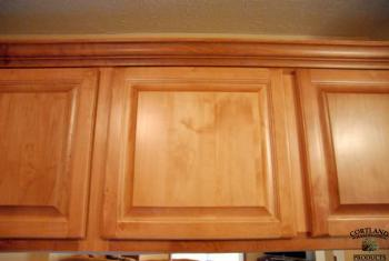 Crown Cabinet Topper